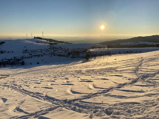 Wege, die man rodeln muss oder snowboarden oder runterwedeln (Foto: privat)