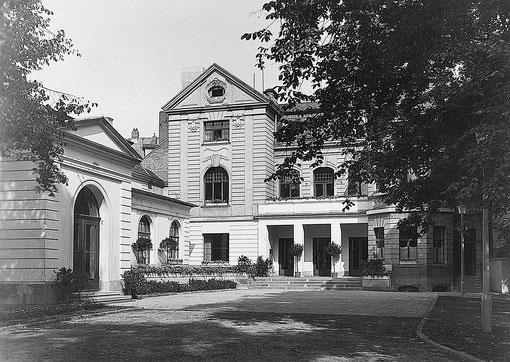 Historische Ansicht des Schauspielhauses