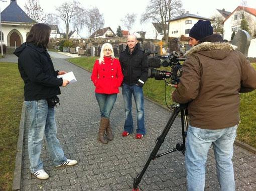 Barbara und Mario mit dem Kamerateam vom ZDF