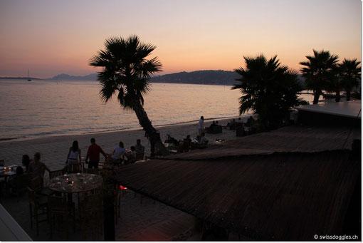 .... leider haben wir den Sonnenuntergang knapp verpasst; ist aber trotzdem schön.