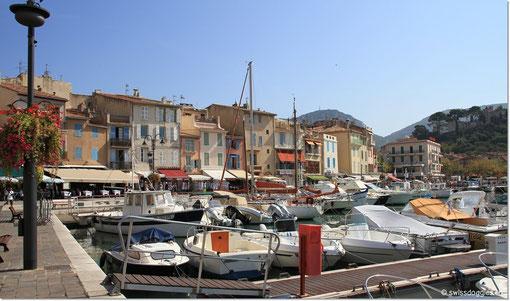 und den Hafen