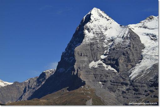 Eiger mit der Eigernordwand (im Schatten)