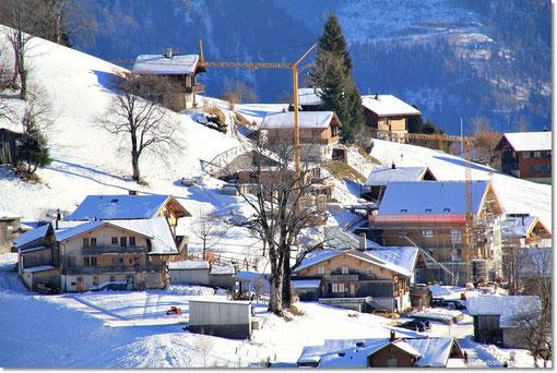 den Bauplatz von www.swissmountainview.ch erkennt.