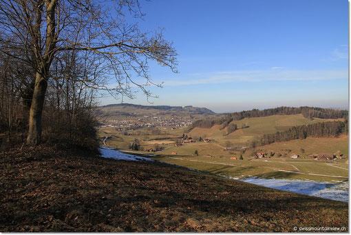 ...und von weiter oben Richtung Riggisberg.