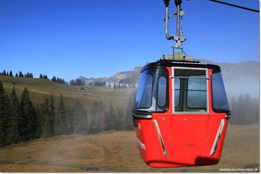 Von Grindelwald geht es mit der Gondel hinauf auf den Männlichen.