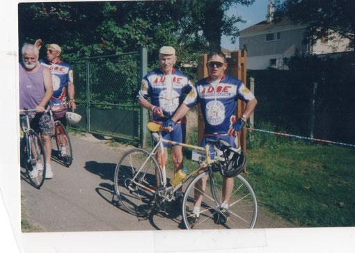 16/05/98 Arrivée de la Marcel Bidot- Christian Deliny et Roland  William