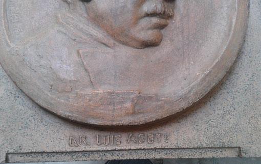 Foto gentileza de la Museóloga e Investigadora María José Pérez del Museo de Esculturas Luis Perlotti. Detalles de la escultura: Dr. Luis Agote.