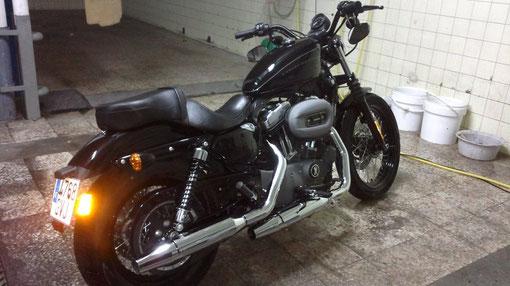 Pulido abrillantado y limpieza de cromados de Harley Davidson