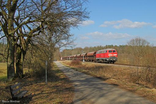 218 005 mit EK 55909 Rammelsbach Steinbruch - Einsiedlerhof (Schotter), 12.03.2015