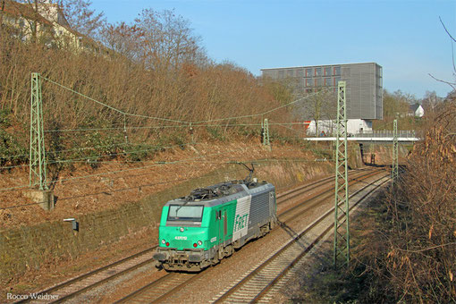 AKIEM BB37012 als Tfzf(D) 95570 Völklingen - Homburg(Saar) Hbf (Sdl.), Saarbrücken 17.03.2015