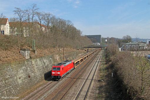 185 227 mit GA 40788 (Carimate/I) Basel Bad Bf - Dillingen Ford (Sdl.leere Laes), Saarbrücken 17.03.2015