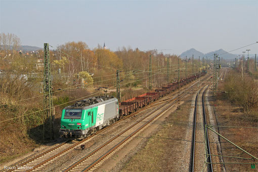SNCF FRET BB37021 mit DGS 44457 (Dunkerque) Forbach/F - Dillingen Hochofen Hütte (Leerwagen Brammenverkehr), Bous(Saar) 23.03.2015