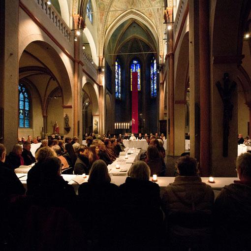 Gründonnerstag 2012 in Sankt Maria in Lyskirchen in Erinnerung an das Abendmahl Jesu (Anna C. Wagner)
