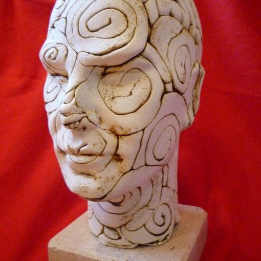 Saligari - ceramica ossidata con ossido di rame nero