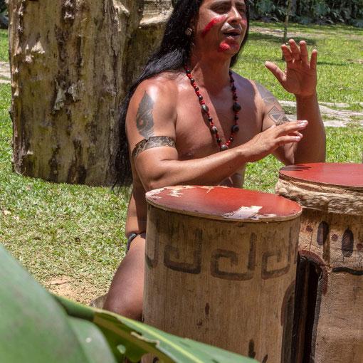 Būgnininkas prie Indėno urvo