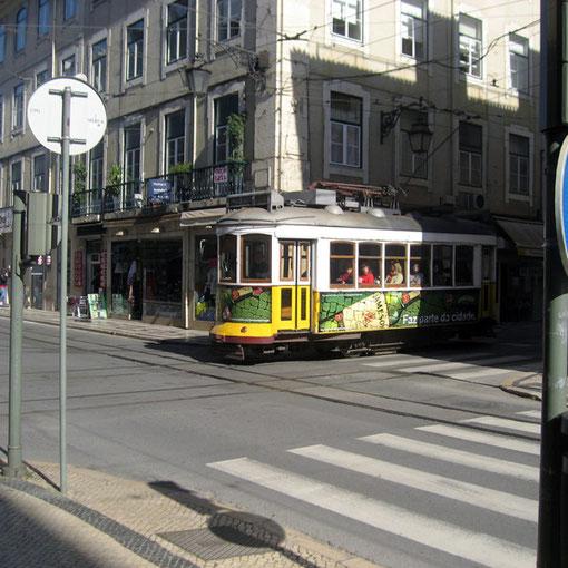 alte Trams, ein Wahrzeichen Lissabons