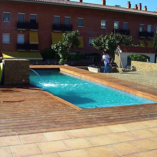 Tarima piscinas en Cumaru