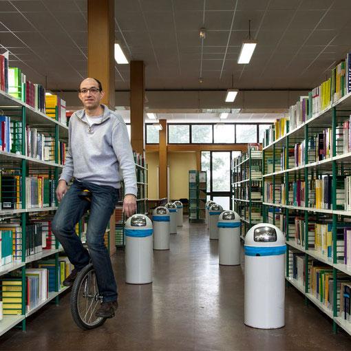Universitarium #07 : gardien / Bibliothèque des sciences / Faculté des sciences  / Université de Nantes