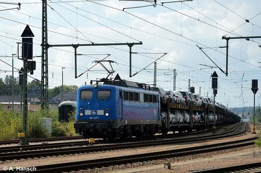 140 831-9 (PRESS 140 037-1) wartet am 27. September 2014 im Bf. Glauchau auf Ausfahrt