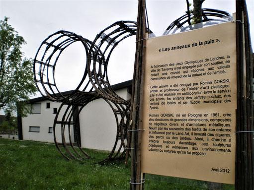 """""""Les anneaux de la paix"""" - Roman Gorski et les centres de loisirs de Taverny"""