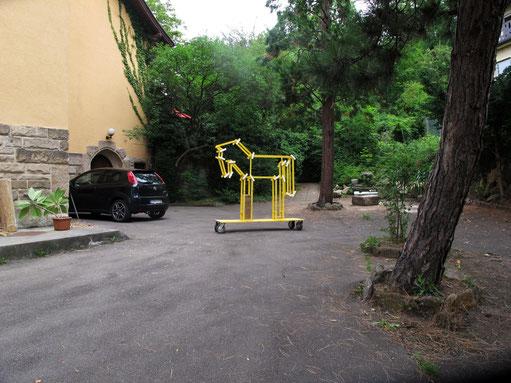 Trojanisches Pony. Growing Insect Hotel, Werkstatthaus Stuttgart bis September 2014