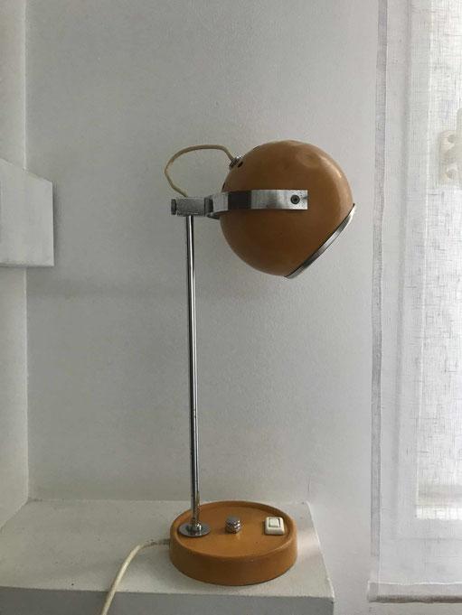 lampe monteuse Disderot, lampe vintage, lampe jaune
