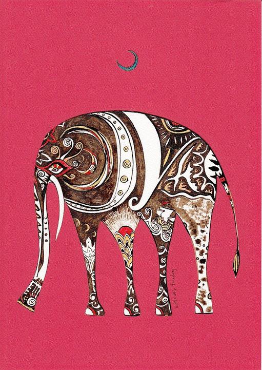 象は青い月の下で夢を見る