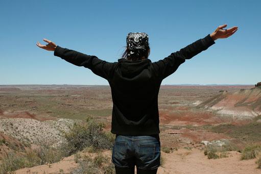 Happiness, live goals, road trip