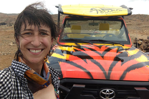 Off-road tour on Aruba, off-road in South America, adventure girl, lonelyroadlover