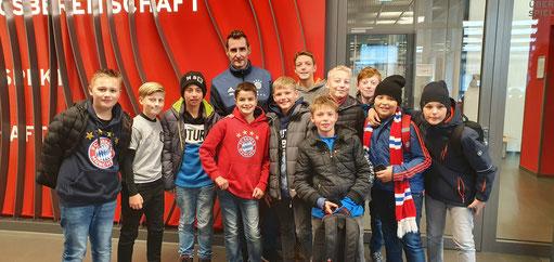 Foto mit Miroslav Klose, Vizeweltmeister und Rekordhalter für Länderspieltore in der deutschen Nationalmannschaft