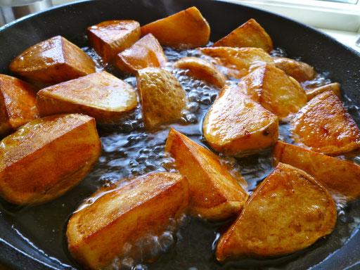 poteter fritert andefett