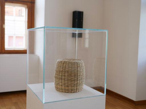 "Pfeifer & Kreutzer ""Zirkumflex"", 2019, kinetische Soundskulptur"