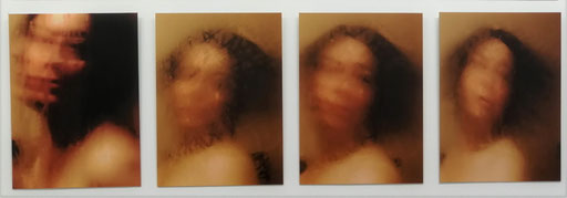 Clara Laratta, Selbstporträt #55 & #201, 2019, Fotografie, je 75 x 55 cm