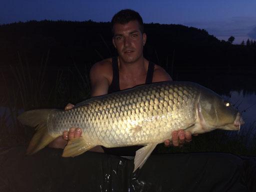 Angelgast aus Feldbach mit Schuppenkarpfen +10 kg / 09 06 2015