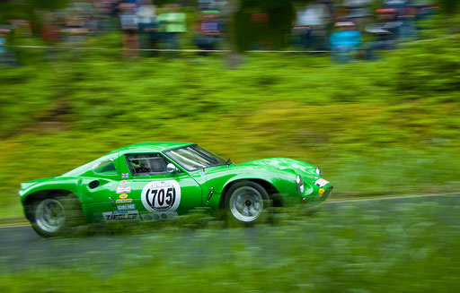 """Tomatengrüner Ferrari"", Bergrennen Friedenfels (Foto: Bernhard Lang)"