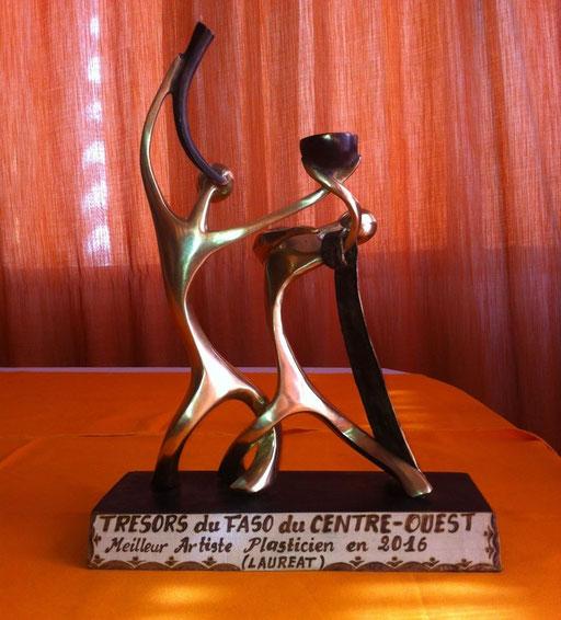 PRIX DU MEILLEUR ARTISTE PLASTICIEN (BURKINA FASO ) 2017