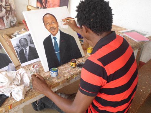Mr TONE TONE délégue du gournement douala Cameroun 2014
