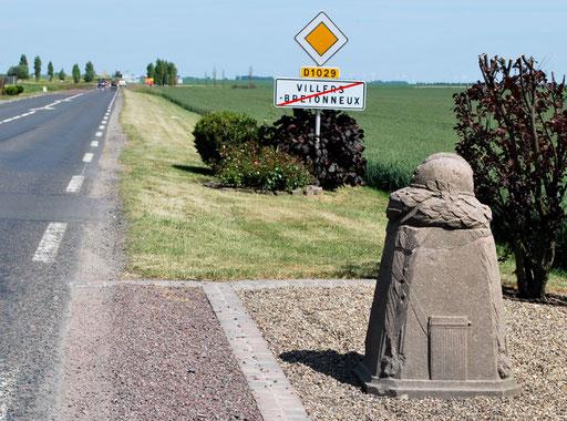 La borne Vauthier de Villers-Bretonneux