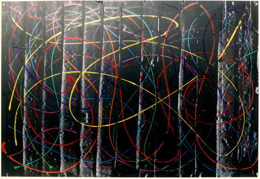Nr.104  2001  Geschwungene Linien  12-farbig  Druckfarbe auf Aluminium  70 x 100 cm