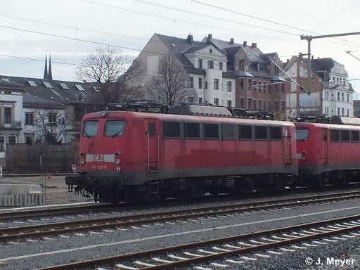 140 680-0 ist eine von drei Maschinen die am 9. Januar 2014 vom AW Chemnitz nach Nürnberg überführt wurden. Dort sollen sie Reaktiviert werden. Das Bild entstand in Chemnitz Hbf.