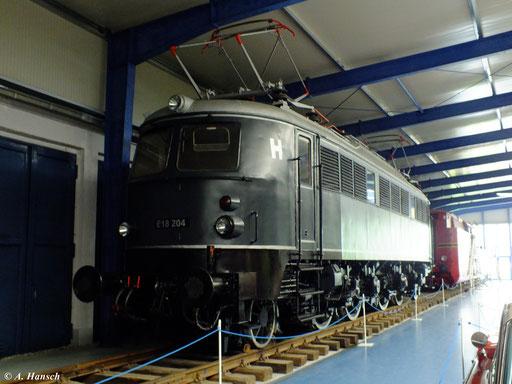 E18 204 am 6. August 2012 im Fahrzeugmuseum Prora