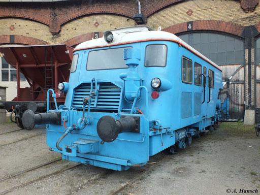 Am 31. März 2012 war die Gleisstopfmaschine VKR 05 E-Sp im Bw Dresden Altstadt ausgestellt