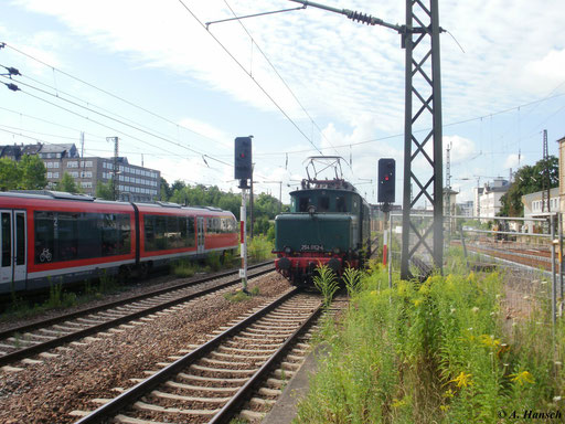 Hier sieht man die Lok beim Rangieren in Chemnitz Hbf.