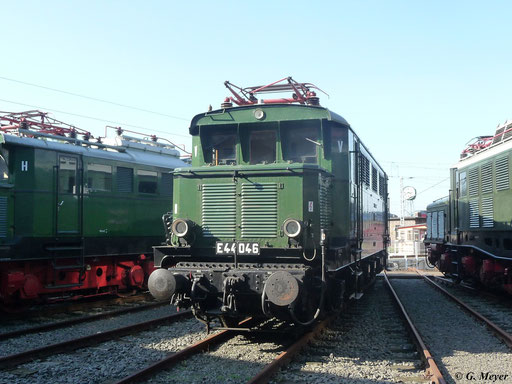 Auch E44 046 wurde zum Eisenbahnfest am 24. September 2011 aus Leipzig ins Bw Luth. Wittenberg gebracht
