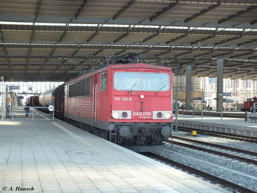 Am 24. April 2013 zog 155 130-8 den gemischten EZ 52524, der hier durch Chemnitz Hbf. fährt