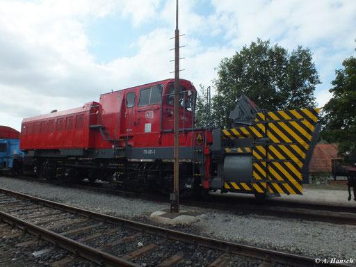 Die DB-Schneeschleuder 716 001-3 steht am 1. September 2012 im ehemaligen RAW Meiningen