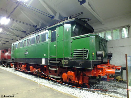 Am 6. August 2012 konnte ich E44 139 im Fahrzeugmuseum Prora fotografieren