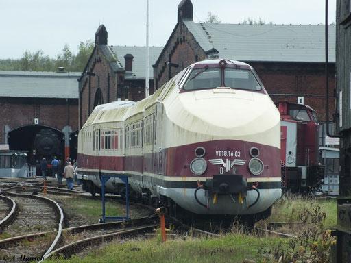 Der Triebwagen gilt als der eleganteste Zug der DR und war im internationalen Reiseverkehr im Einsatz