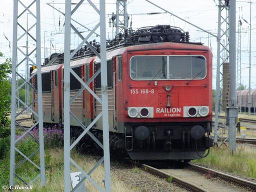 Am 10. August 2012 stehen gleich drei Loks der BR 155 im Güterbahnhof Mukran Mitte: 155 168-8, 155 019-3 und 155 213-2