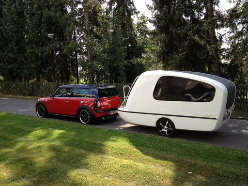 VOX automobil, Mini Countryman & Sealander, August 2012